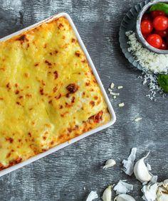 Lasagne | Oppskrift - MatPrat I Love Food, Pizza, Cooking Recipes, Cheese, Eat, Ethnic Recipes, Lasagna, Cooker Recipes, Recipies