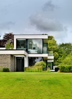 Contemporary House In England Landscape!