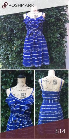 """Spaghetti Strap Dress Spaghetti Strap Dress with elastic waistband.  Pre-owned, gently loved.  Dress material is 100% Rayon with a 100% Polyester Lining.  Flat lay chest measures 15"""" and it does have an thin elastic band on the back.  Length 27 1/2"""" Lush Dresses"""