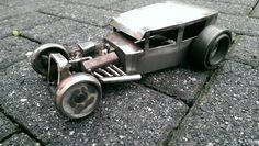 Metal art hotrod