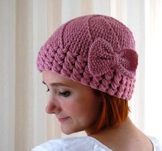 Knitting: wish this came with a pattern, I'll look and see if i can find this. Adorable and pink!
