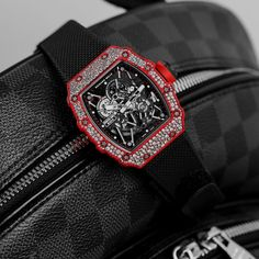 Mens Watches Uk, Gold Watches Women, Rose Gold Watches, Luxury Watches For Men, Wrist Watches, Tissot Mens Watch, Wear Watch, Rolex, Hand Watch