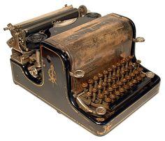 unique antique typewriters