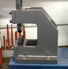نتيجة بحث الصور عن blacksmith guillotine tool