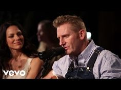 Joey+Rory - My Life Is Based On A True Story (Live) - YouTube