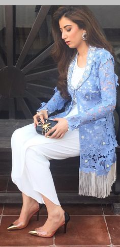 Stunning fun look from top to toe. Absolutely love and adore! Even the Spider Bag is adorable. And the shoes are fun,! Pakistani Dresses Casual, Pakistani Dress Design, Indian Dresses, Indian Outfits, Stylish Dresses, Elegant Dresses, Casual Dresses, Fashion Dresses, Kurti Designs Party Wear