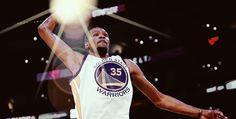 Lo stats corner NBA è dominato da un giocatore, un giocatore particolare, in una notte davvero particolare per lui: Kevin Durant