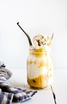 Date-Vanilla Almond Milk Iced Latte
