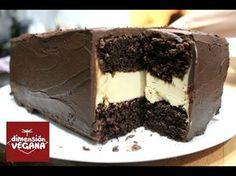 La mejor tarta de chocolate y crema de cacahuete de tu vida | La Dimensión Vegana