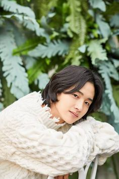 A young man who helped catch a robber at a convenience store is now popular for dressing up as a woman. This is the story of actor Jang Dong yoon 'I don't want to let Nok doo go, like my fans', the actor said about the recently ended KBS drama 'T Handsome Korean Actors, Handsome Boys, Jung Joon Ho, Seo Joon, Korean Celebrities, Celebs, Secret Boutique, Korean Boys Hot, Celebrity Drawings