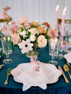 Loving the pink and navy tones| Ivory and Vine Event Co.