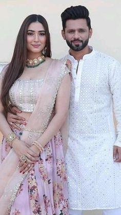 Indian Bridal Lehenga, Indian Bridal Outfits, Indian Bridal Fashion, Indian Fashion Dresses, Indian Designer Outfits, Girls Fashion Clothes, Stylish Dresses For Girls, Nice Dresses, Indian Wedding Video