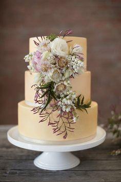 Lavender and yellow wedding cake | Nikole Ramsay Photography | http://burnettsboards.com/2013/11/kuu-lei-stylized-shoot-hawaii/