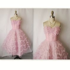 50's Prom Dress // Vintage 1950's Strapless Pink Tulle Shelf-Bust Wedding Prom Dress XS S