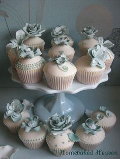 A selection of wedding cupcakes from Homebaked Heaven