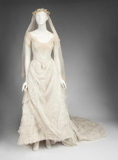 Costume designed by Alexandra Byrne for Emmy Rossum in The Phantom of the Opera (2004).  From Julien's Live