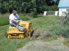 Antique Tractors, Vintage Tractors, Heavy Equipment, Outdoor Power Equipment, Caterpillar Bulldozer, American Barn, Tractor Implements, Crawler Tractor, Old Pickup Trucks