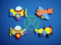 avions de goma eva Felt Crafts, Diy Crafts, Baby Shawer, Mom Day, Paper Cutting, Origami, Birthdays, Projects, Handmade