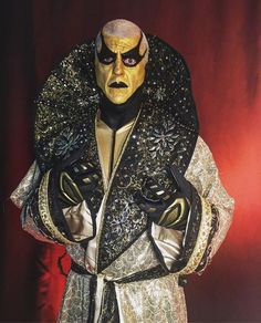 wwe always wears gold.especially to support Wwe Goldust, Wrestling Superstars, Dustin Rhodes, How To Wear, Legends, Fandom, Face, The Face, Faces