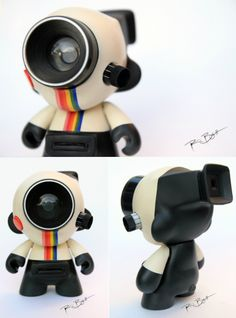 Polaroid Land Camera Munny #art #photography