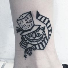 Ideas Tattoo Designs Drawings Cat For 2019 Black Cat Tattoos, Mini Tattoos, Trendy Tattoos, Leg Tattoos, Sleeve Tattoos, Cool Tattoos, Cheshire Cat Drawing, Cheshire Cat Tattoo, Chesire Cat