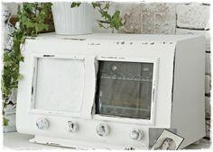 Alte Radio aus Frankreich in Shabby Look von ShabbyMaison auf DaWanda.com