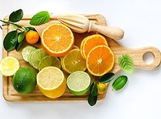 Start your day right with this 'Sunrise Juice' recipe! Healthy Smoothies, Healthy Drinks, Smoothie Recipes, Juice Recipes, Juicing For Health, Health And Nutrition, Detox Recipes, Healthy Recipes