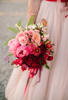 Pink Ombre Flowers PC: Mirelle Carmichael Photography See more here: http://noonansdesigns.com