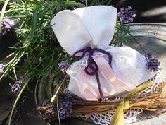 Lavendelsäckchen genäht aus der Manschette einer Bluse