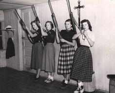 girls with guns #Vintage #GirlswithGuns