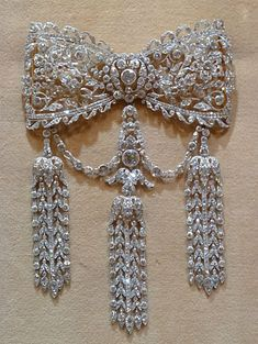 Cartier Edwardian diamonds #DiamondBrooches