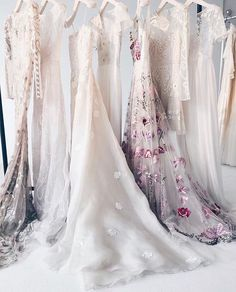 "Temperley Bridal (@temperleybridal) på Instagram: ""Temperley Bridal gowns in the NYC bridal showroom by @shoucair_and_co #temperleylondon…"""