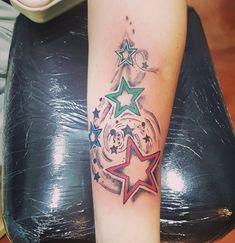 Star Tattoos, Deathly Hallows Tattoo, Triangle, Ink, Stars, Instagram, Artwork, Unique, Tatuajes