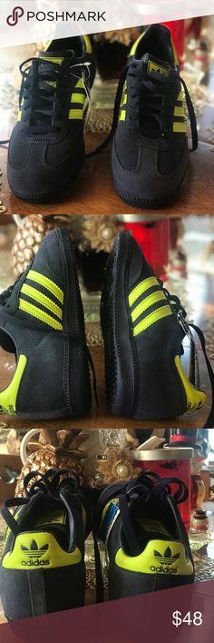super popular 592af 851bb Adidas shoes Adidas SAMBA originales, color azul marino con verde claro,son  nuevos,