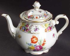 Schumann EMPRESS DRESDEN FLOWERS Tea Pot 6455500