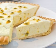 Passionfruit Tart: Another NESTLÉ Sweetened Condensed Milk recipe from our 100 years of Sweet Baking Memories Book. Kiwi Recipes, Sweet Recipes, Baking Recipes, Quick Recipes, Passionfruit Tart, Passionfruit Recipes, Easy No Bake Cheesecake, Cheesecake Recipes, Dessert Recipes