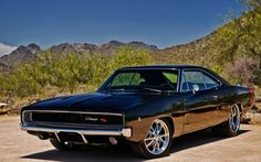 1968 Dodge Charger RT I hate when a beautiful, old muscle car catches my eye, I go to pin it, only to find that my girlfriend pinned it first. Dodge Charger 1970, Dodge Charger Negro, Charger Srt8, Mopar, Sexy Cars, Hot Cars, Top 10 Muscle Cars, Carros Honda, Dream Cars