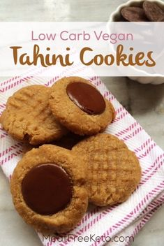 Low Carb Vegan Tahini Cookies Gluten free paleo nut free and keto friendly deliciousness Vegan Keto Diet, Vegan Keto Recipes, Vegetarian Keto, Paleo, Gourmet Recipes, Low Carb Recipes, Vegan Raw, Tofu Recipes, Desert Recipes
