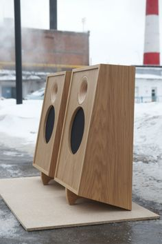 Audiophile Speakers, Hifi Audio, Audio Speakers, Wood Computer Case, Homemade Speakers, Audio Box, Floor Standing Speakers, Speaker Box Design, Leather Diy Crafts