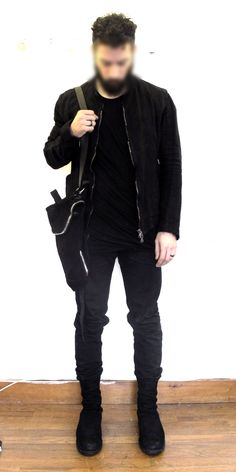 Black on black on black. Bring on autumn and winter! Now I really want a black bomber jacket like this one.