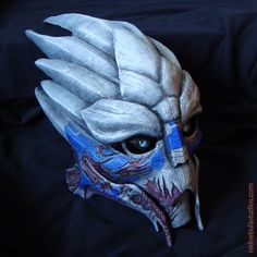 A sample of how the Garrus variant male turian mask looks once assembled and painted, with the eyes installed.
