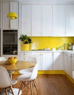 Toe kick kitchen - bold color matches backsplash. Add This DIY Detail to Your Kitchen: Terrific Toe Kick Ideas