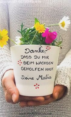 Flower pot educator thank you nursery gift educator day motherthank you for helping me grow growing flowers Blumentopf Erzieherin Danke Kindergarten Geschenk Kindergarten Gifts, Small Flower Pots, Fleurs Diy, Help Me Grow, Growing Flowers, Teacher Gifts, Diy Gifts, Etsy, Fathers Day