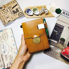 #travelersnotebook #midori #midoritravelersnotebook #travelersnote #planner #weekly #travelerscompany #journal #maskingtape #washitape #classiky #diary #트래블러스노트 #vintagestamp #tokyoantique #가죽다이어리 #다이어리