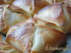 Az én édes konyhám: Gabriella féle túrós batyu Bread, Food, Kuchen, Brot, Essen, Baking, Meals, Breads, Buns