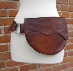 Gorgeous and simple leather belt bag
