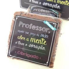 Resultado de imagem para dia dos professores p.resentes Miss Sweet, Teachers' Day, Beautiful Gifts, Homemade Gifts, Teacher Gifts, Hand Lettering, Diy And Crafts, Jenni, Marie Claire