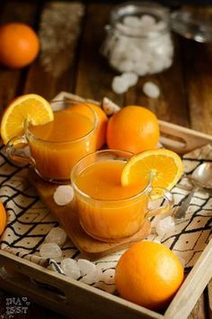 Winterlicher Orangenpunsch mit Rum und Kandis von Diamant Zucker – Ina Isst Here you will find delicious recipes for baking and cooking. There are many recipes from my everyday life as well as creative international cuisine. Juice Recipes For Kids, Healthy Juice Recipes, Drinks Alcohol Recipes, Healthy Juices, Healthy Eating Tips, Healthy Foods To Eat, Healthy Drinks, Smoothie Recipes, Easy Alcoholic Drinks