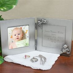 Your new Grandparents, Aunt & Uncle will love receiving their very own Personalized New Baby Photo Frame to show off their new, little grandchild, niece or nephew.