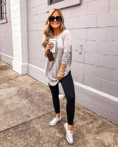 20 more casual outfits with converse ! lässige outfits mit converse casual outfits with converse ! Stylish Summer Outfits, Casual Fall Outfits, Casual Leggings Outfit, Leggings Outfit Summer Casual, Comfy Work Outfit, Autumn Casual, Sporty Outfits, Modest Outfits, Leggings Fashion